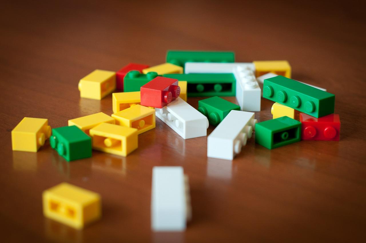 lego-byggleksaker